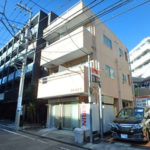 プレイス・F301★東横線「東白楽」駅近の最上階角部屋1K!
